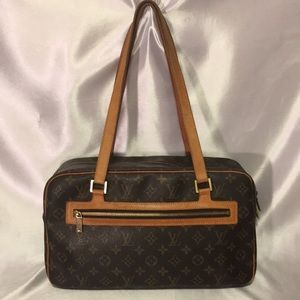 Authentic Louis Vuitton Hand Bag